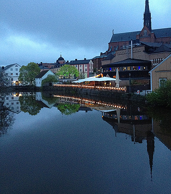 Decorative image: the Fyris River and Uppsala Cathedral