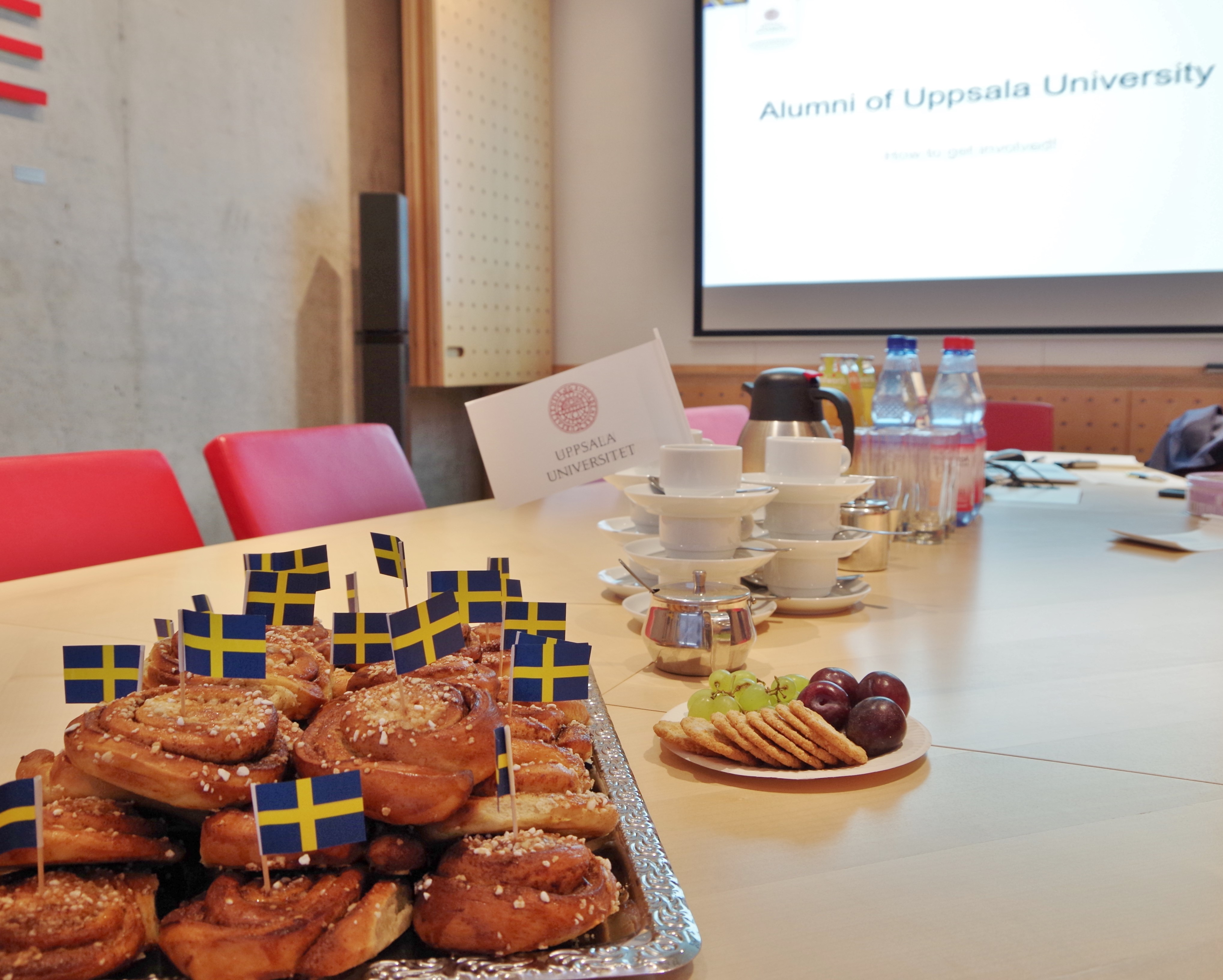Table set with Swedish treats for Global Alumni Day 2017 in Berlin